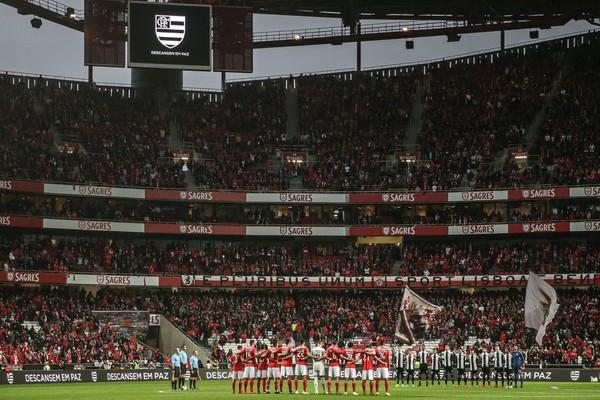 Benfica massacra Nacional com goleada de 10 a 0 e quebra recordes no Estádio da Luz