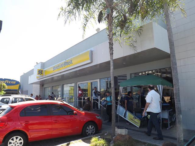 Homem é preso acusado de furtar agência bancaria no Centro de THE